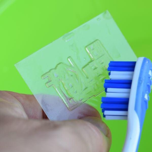 stempel selber machen durch belichtung von photopolymerplatten zeichne dein eigenes motiv oder. Black Bedroom Furniture Sets. Home Design Ideas